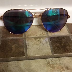 Accessories - Blue Tinted Sunglasses